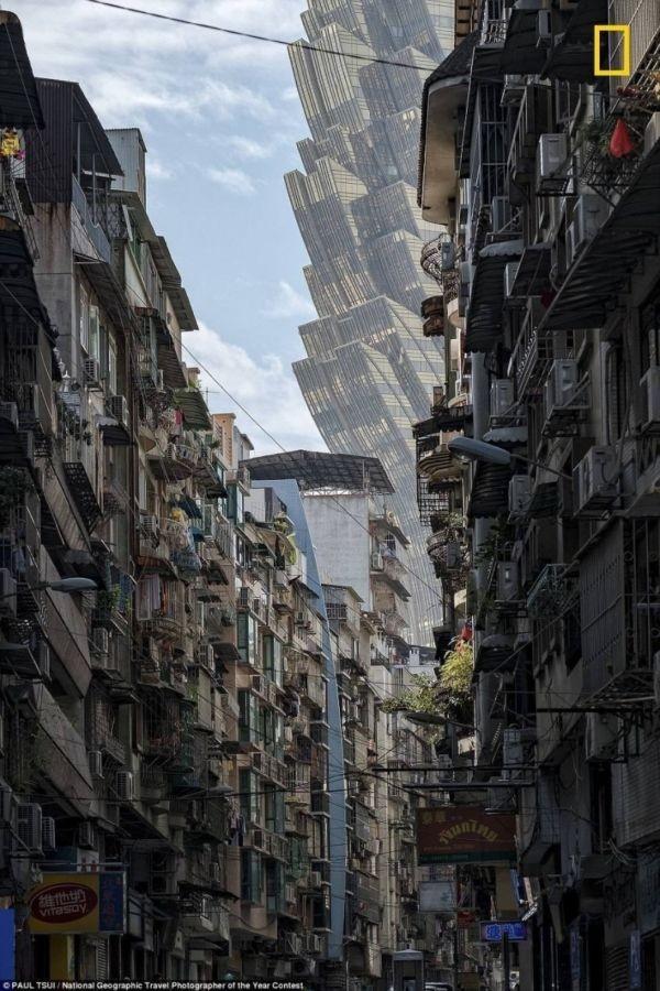 Улица Макао напомнила пользователям сети фильм про пришельцев (3 фото)