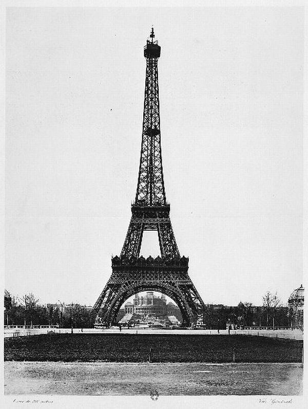Как выглядело строительство главного символа Парижа (10 фото)