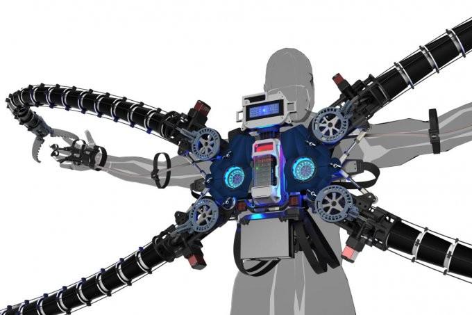 Криптовалютный миллионер создал костюм суперзлодея (7 фото + видео)