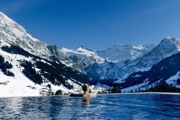 Самые красивые бассейны мира (9 фото)