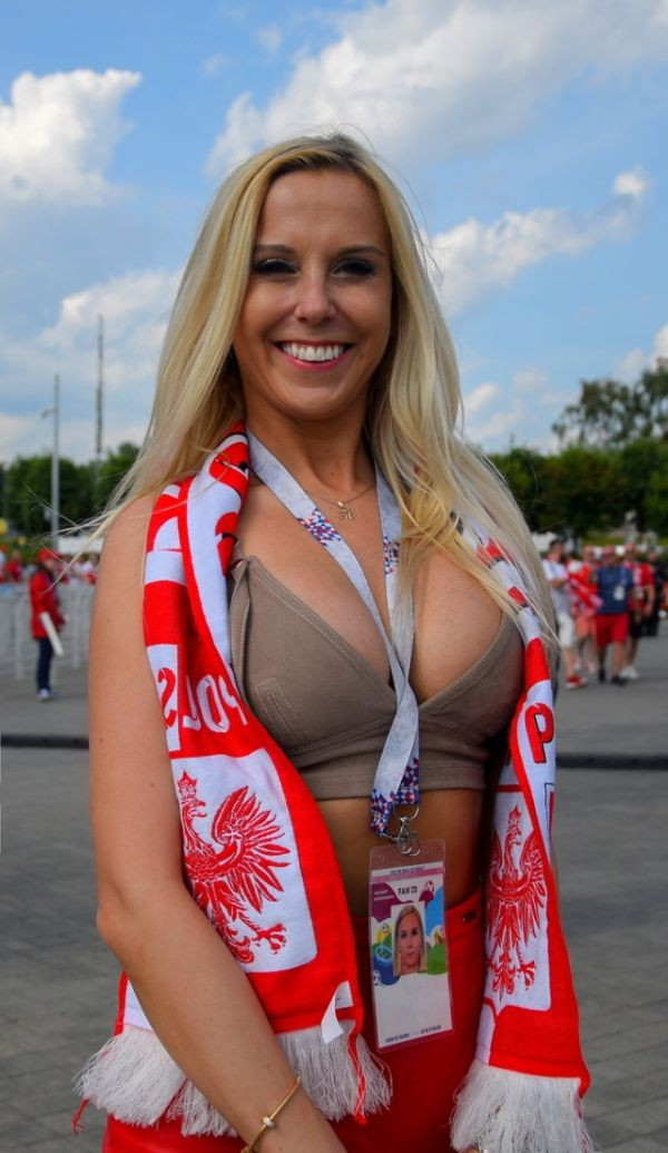 Болельщицы из Польши на Чемпионате мира по футболу (16 фото)
