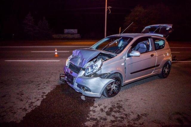 Протаранила автомобиль мужа, отомстив за измену (3 фото)