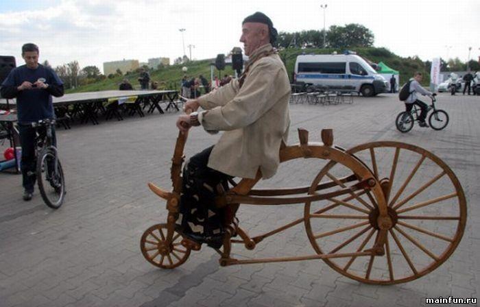 Деревянный велосипед (7 фото)