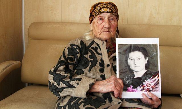 """Жители скинулись деньгами на """"народную пенсию"""" для ветерана (3 фото)"""