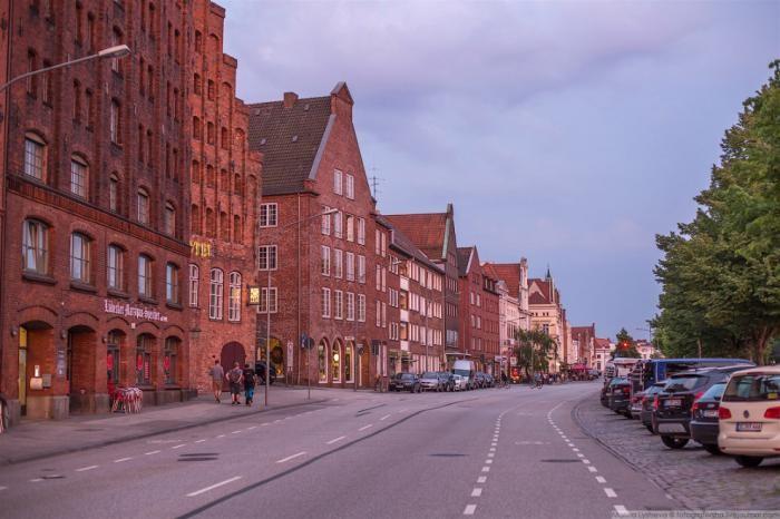 Жизнь обычного немецкого городка (43 фото)