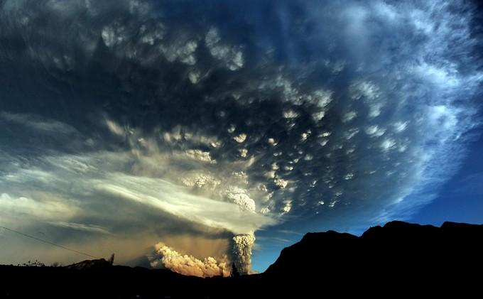 Извержение вулкана Пуйеуэ (15 фото)