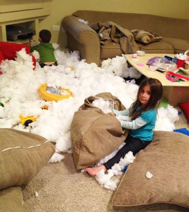 Почему нельзя оставлять детей одних без присмотра (20 фото)