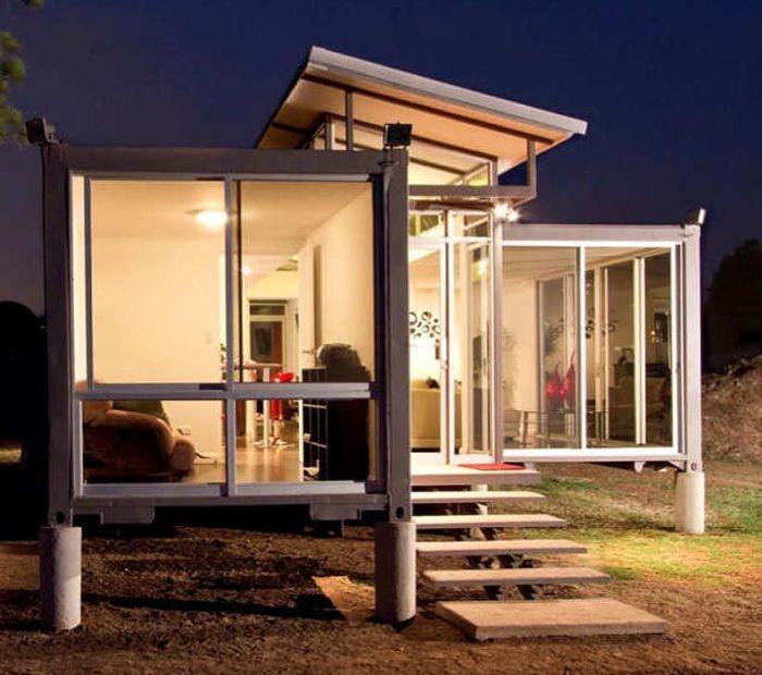 Дом из контейнеров (10 фото)