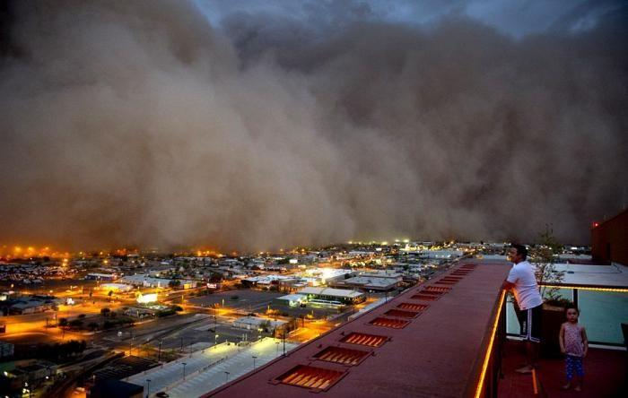Пыльная буря в Аризоне (8 фото)
