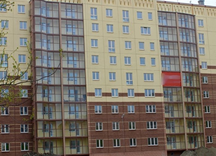 Суровая Челябинская многоэтажка (3 фото)