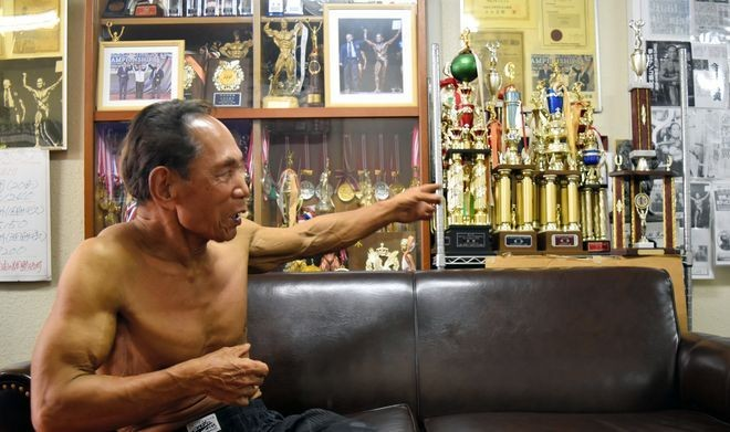81-летний культурист доказал, что никогда не поздно (5 фото)
