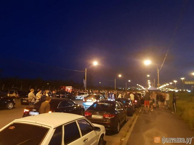 Полиция Санкт-Петербурга устроила облаву на стритрейсеров (7 фото)