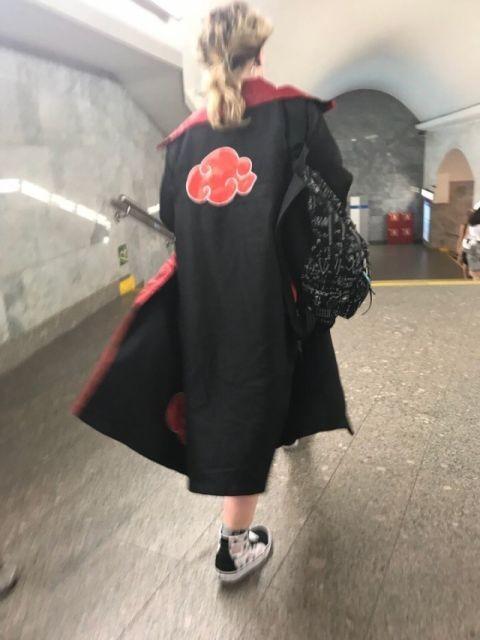 Модники и модницы в метро (28 фото)