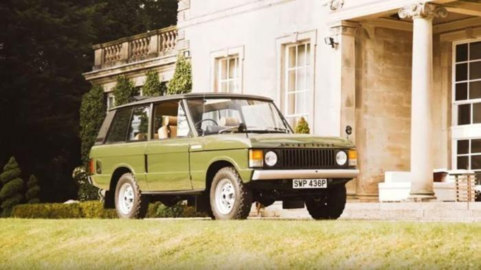 Старенький Range Rover ушел с молотка за кругленькую сумму (8 фото)