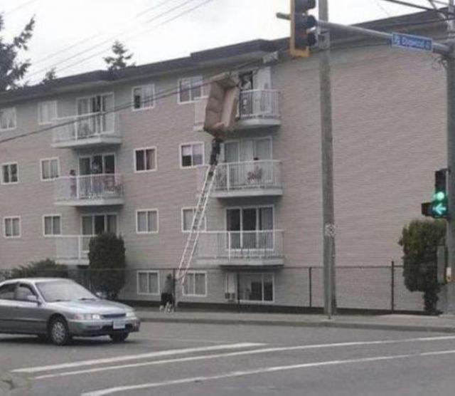 Люди, которые не заботятся о технике безопасности (23 фото)