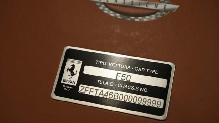 Первый прототип Ferrari F50 выставили на продажу (35 фото)