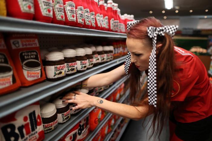 В Лос-Анжелесе открылся войлочный супермаркет (12 фото)