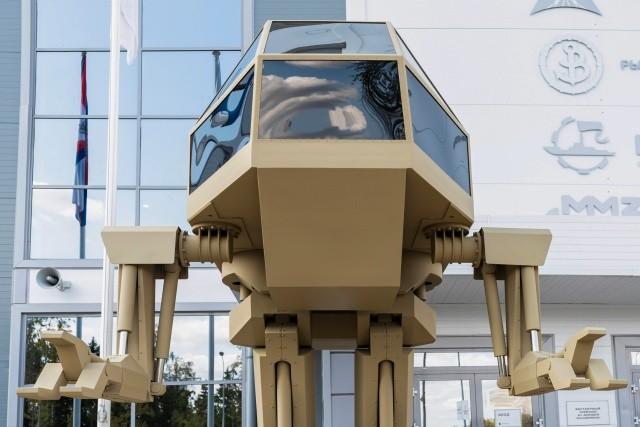 """Концепт боевого робота """"Игорёк"""" от концерна """"Калашников"""" (8 фото)"""
