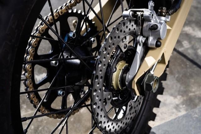 Электромотоцикл SM-1 (8 фото)