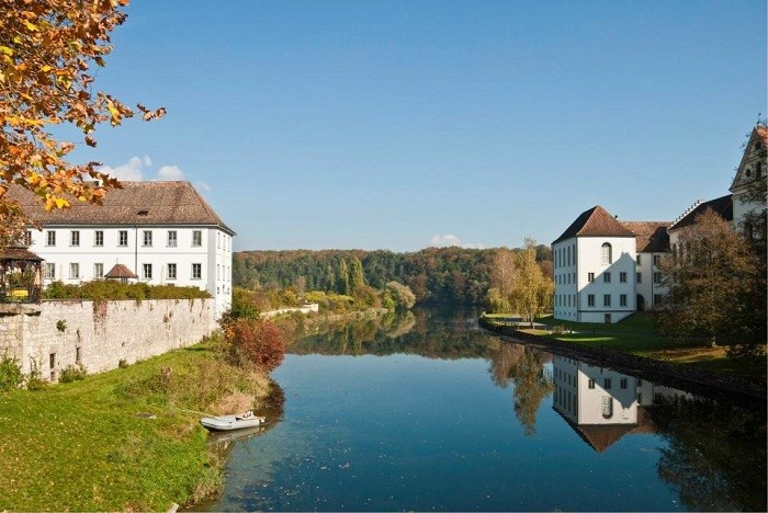 Необычный социальный проект в Швейцарии