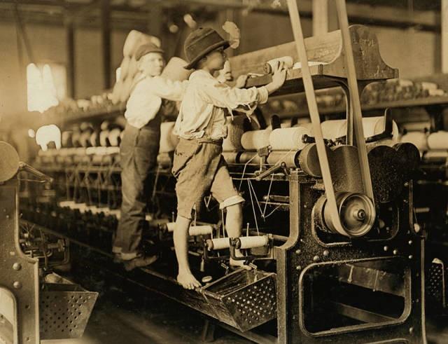 Детский труд 100 лет назад (34 фото)