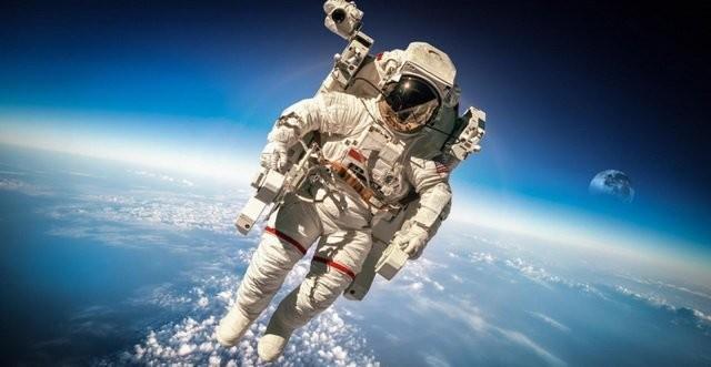 То чего ещё мы не знали о космонавтах и астронавтах