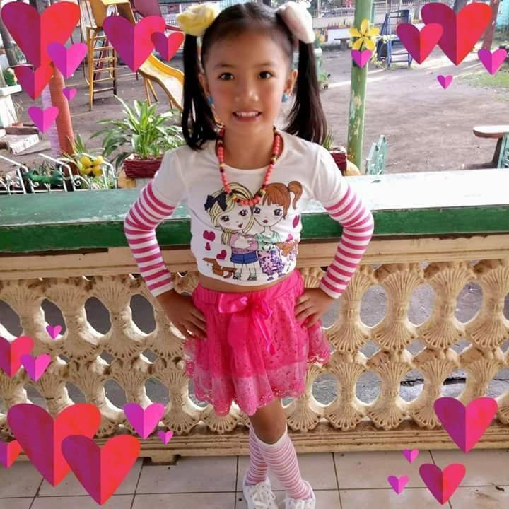 8-летняя девочка напала на вооруженных грабителей