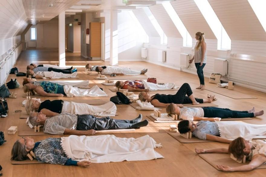 В Финляндии внедряют дневной сон на работе