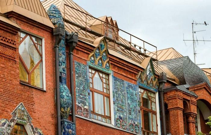 Какие тайны скрывает дом-сказка, расположенный в центре Москвы
