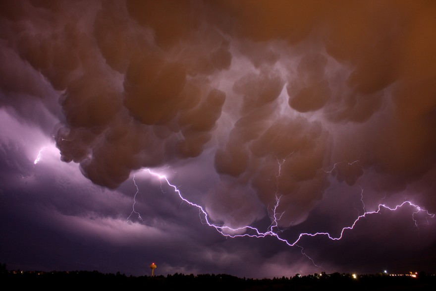 Удивительные облака: Mammatus