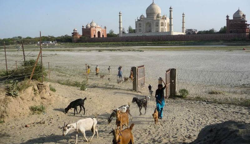 Мировые достопримечательности, где не место туристам