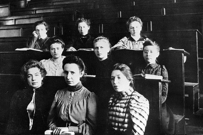 Почему от русских студенток в XIX веке тряслись Европа и Россия