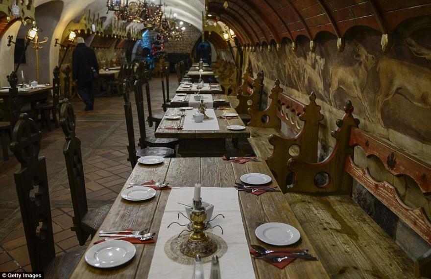 Самый старый действующий ресторан, которому уже 700 лет