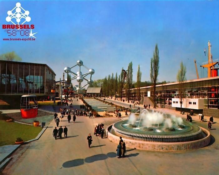 «Атомиум» в Бельгии: самое популярное сооружение для туристов и местных жителей