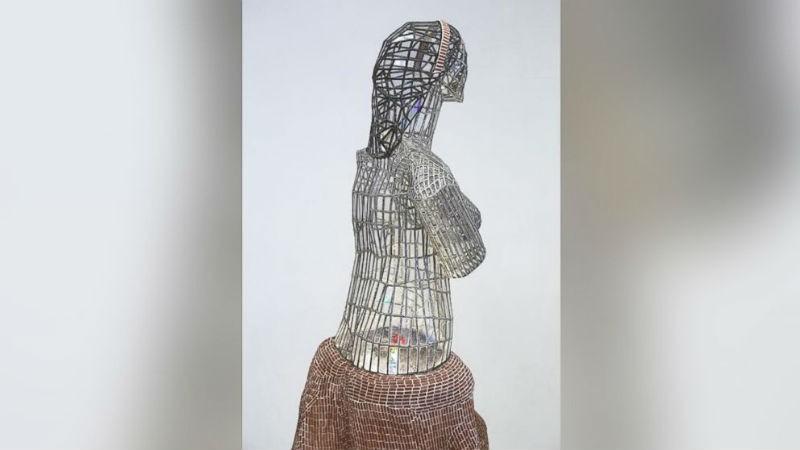 Штраф в 132 тысячи долларов выставлен родителям ребенка, разбившего статую «Афродита»