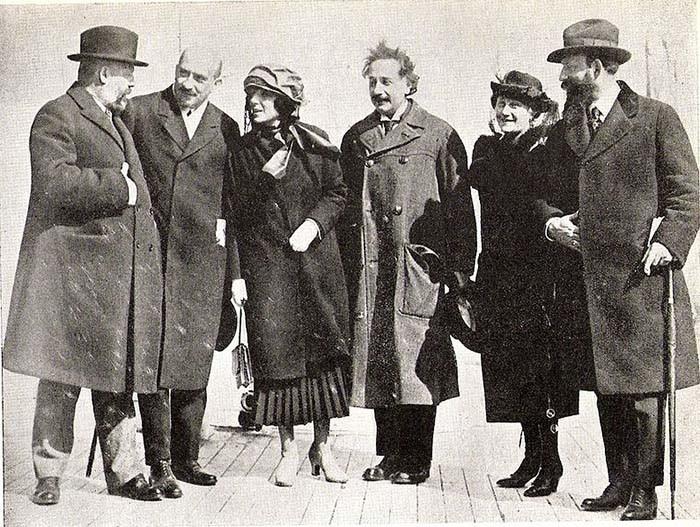 Эйнштейну предложили стать президентом Израиля, и почему этого так и не произошло