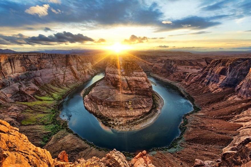 Восход Солнца в красочных фотографиях