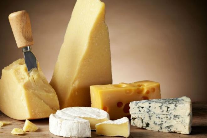 Какие происходят изменения, когда мы едим сыр