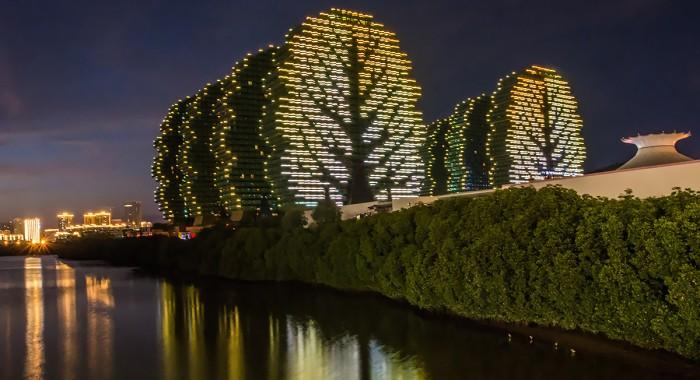 Удивительные дома-деревья в Китае