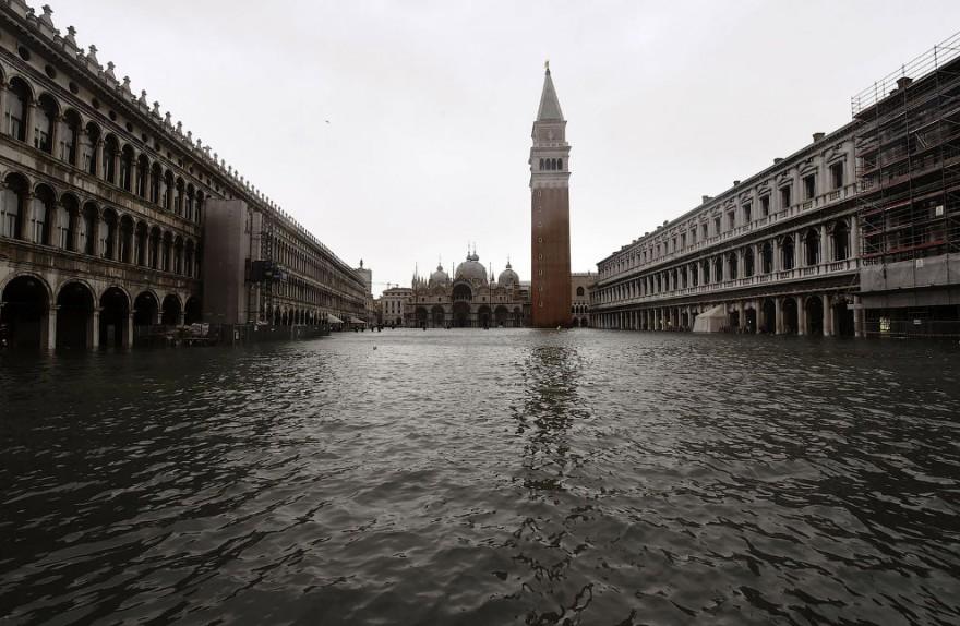 Стихийное бедствие в Венеции