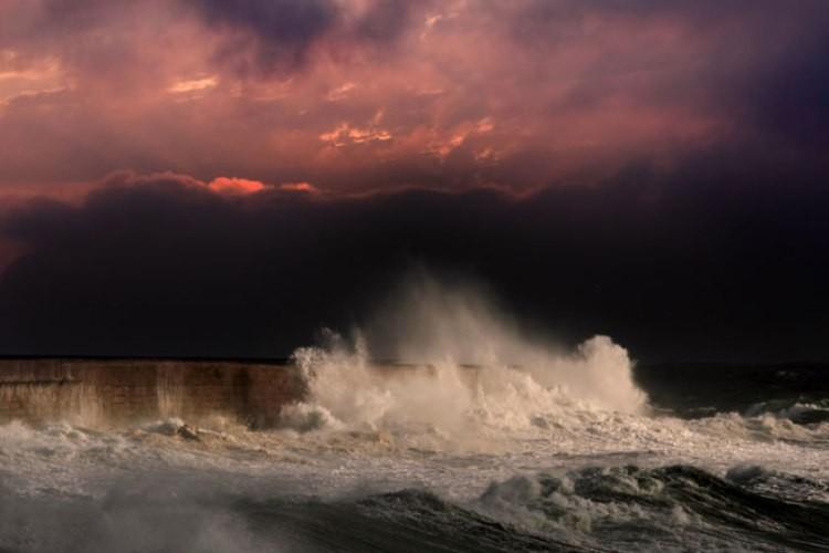 Эль-Ниньо: тихоокеанская погодная аномалия