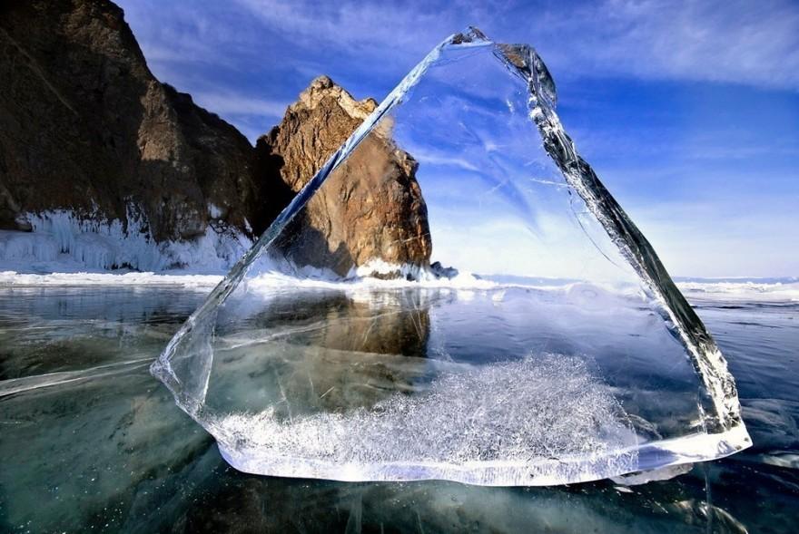 Почему лед и стекло прозрачные