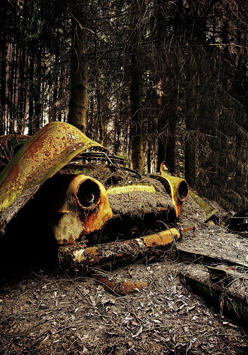 Мистические автомобильные кладбища в разных странах