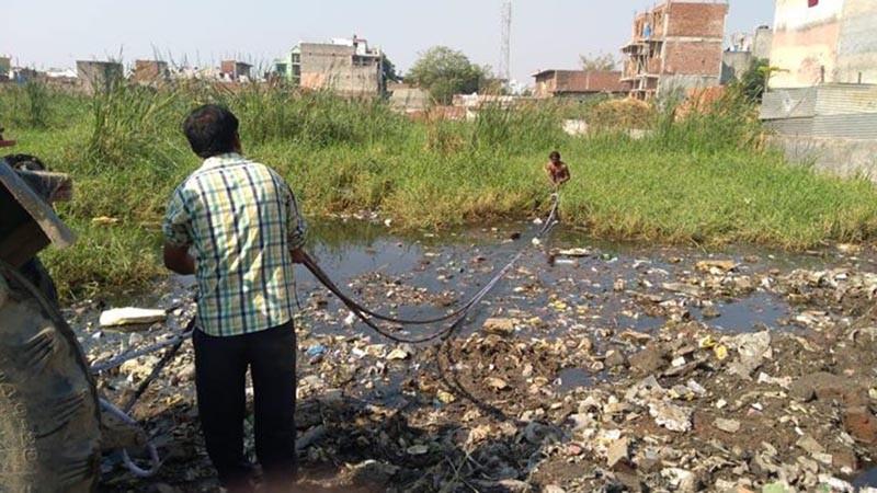 26-летний мужчина возрождает засохшие озера в Индии. Миру нужно больше таких героев