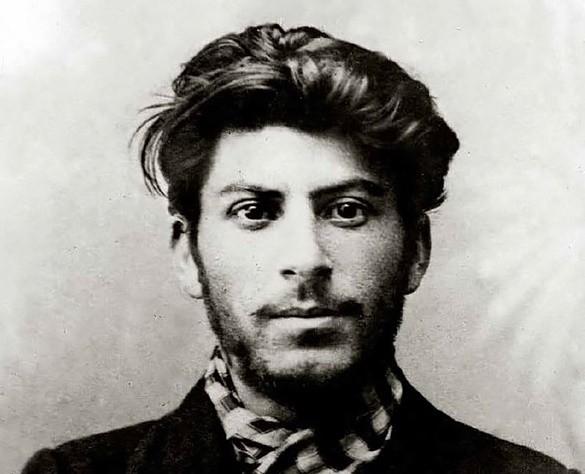 Кем был отец Сталина