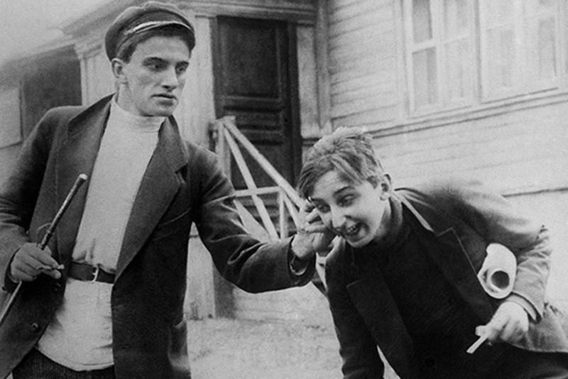 Владимир Маяковский и кино