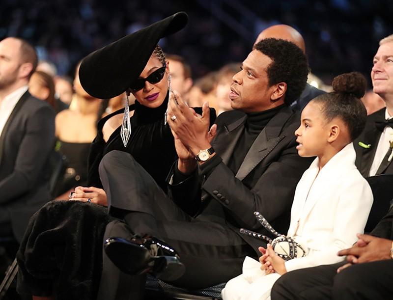Знаменитости, которые балуют своих детей