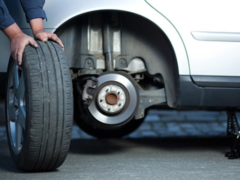 Что нужно учесть при сезонной замене шин автомобиля